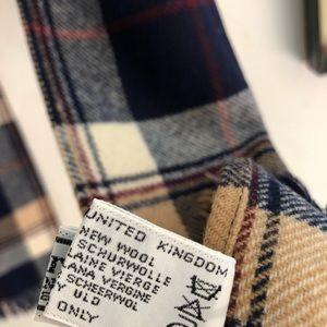 Vintage Accessories - Plaid Scottish Wool Scarf